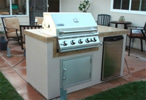 Building a Gas Grill Kitchen in Your Backyard